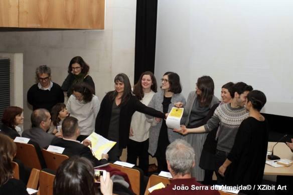 Fotografia dos vencedores do Prémio, a equipa do Teatro Maria Matos.